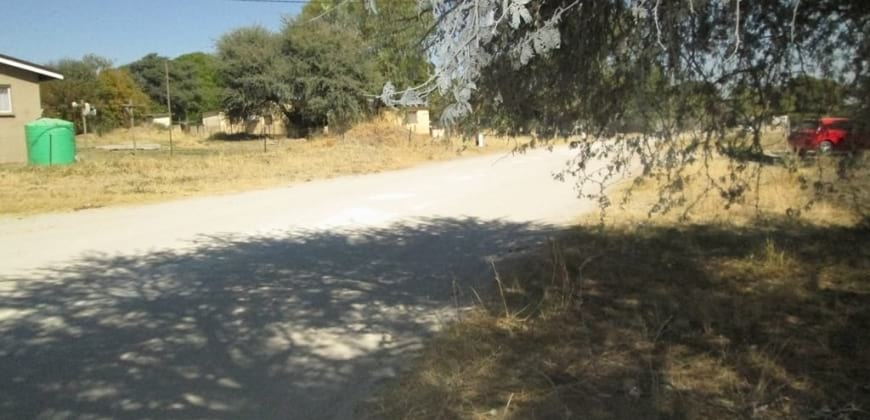 Gravel road frontage