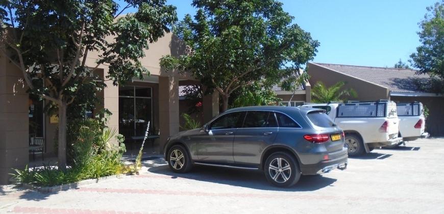 Parking/entrance